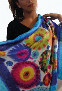 Unieke handgemaakte zijden sjaal - bloemen