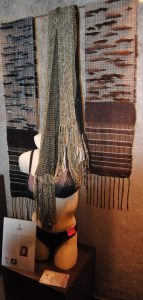 Handwoven scarf black and Brown Halle Design