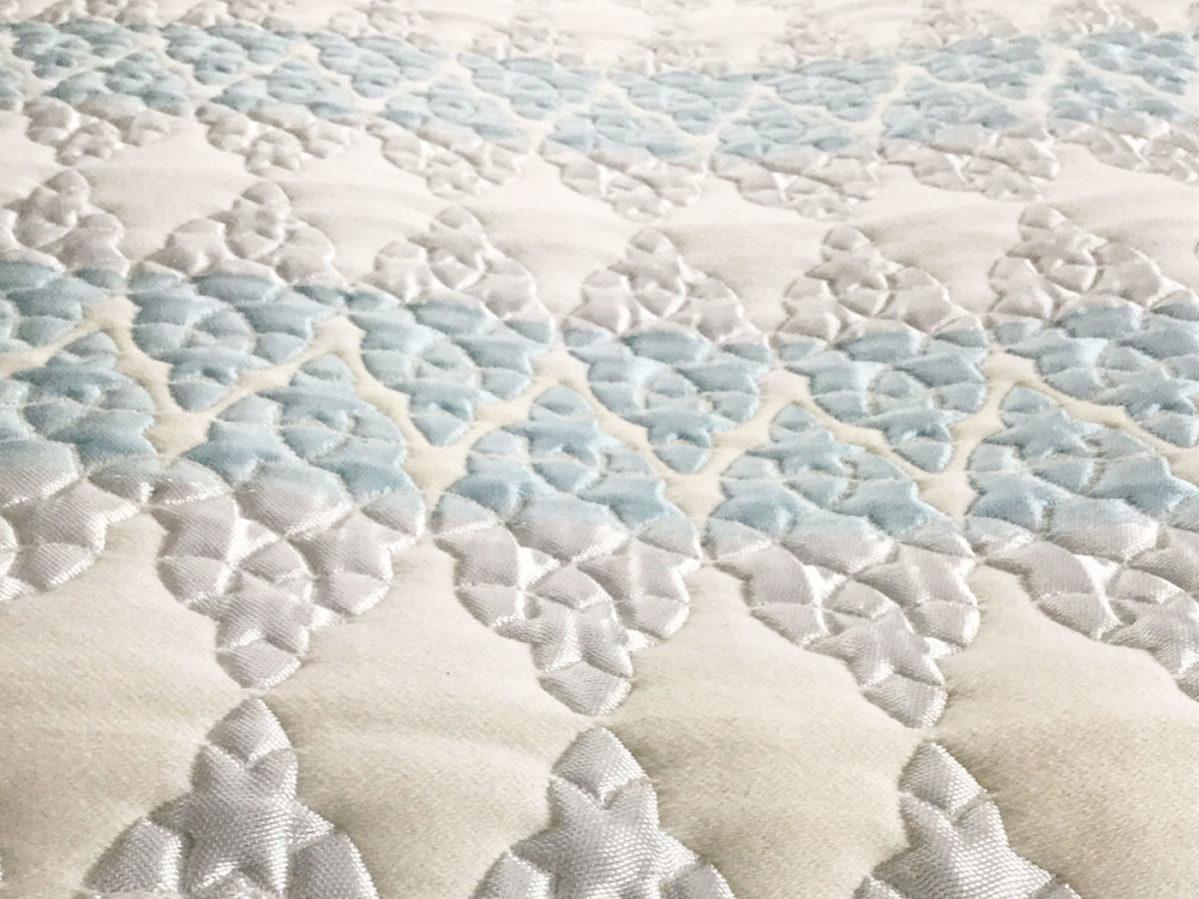 home-textile-designs-wallart.white.blue